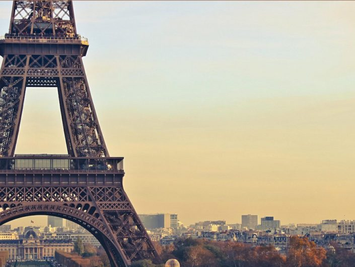 Image of Eiffel Tower background