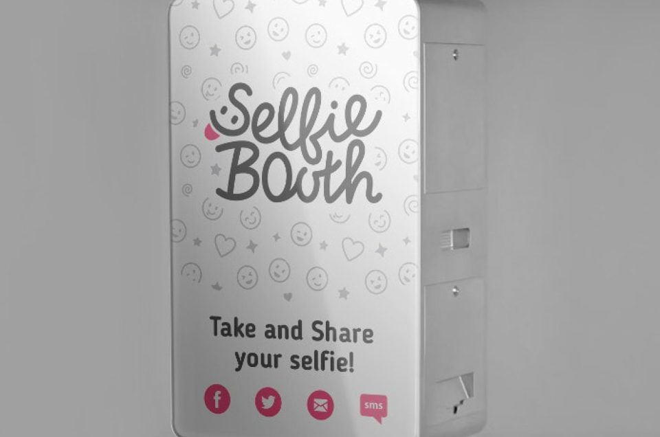 3 Tips To Turn Your Photo Booth Activity Into A Full-Time Business