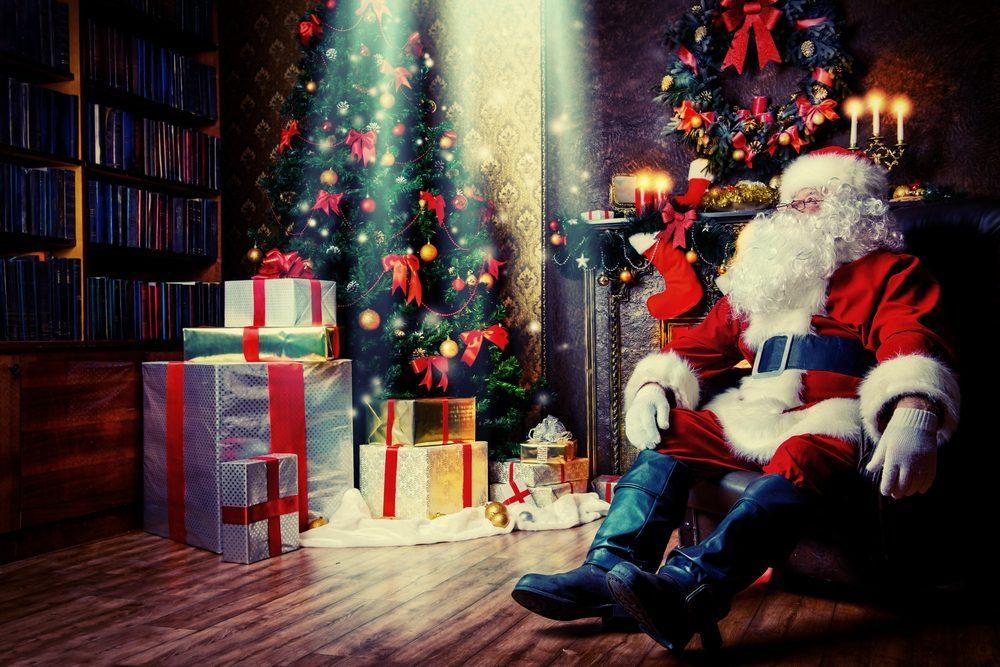 santa-and-presents
